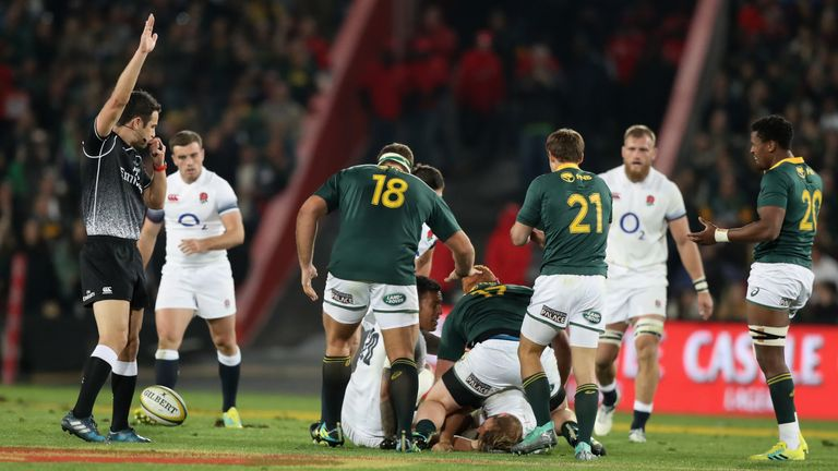 England suffered once more at the breakdown as the Boks regularly earned decisions