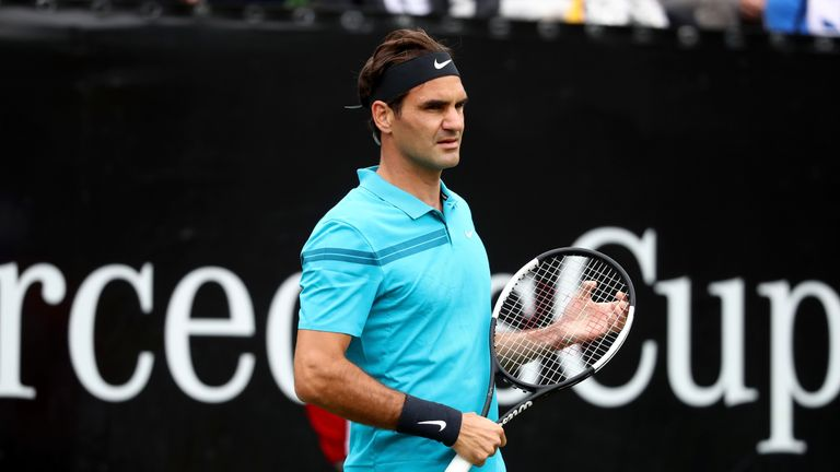 Roger Federer maintained his unbeaten record against Mischa Zverev in their sixth encounter