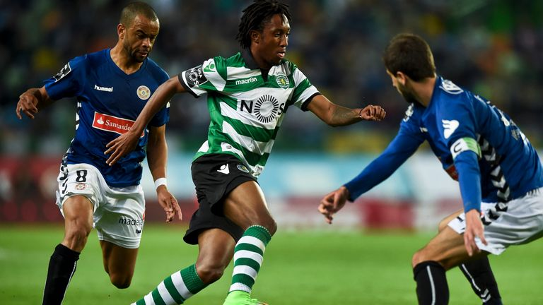 Martins made his first Primeira Liga appearance in 2015