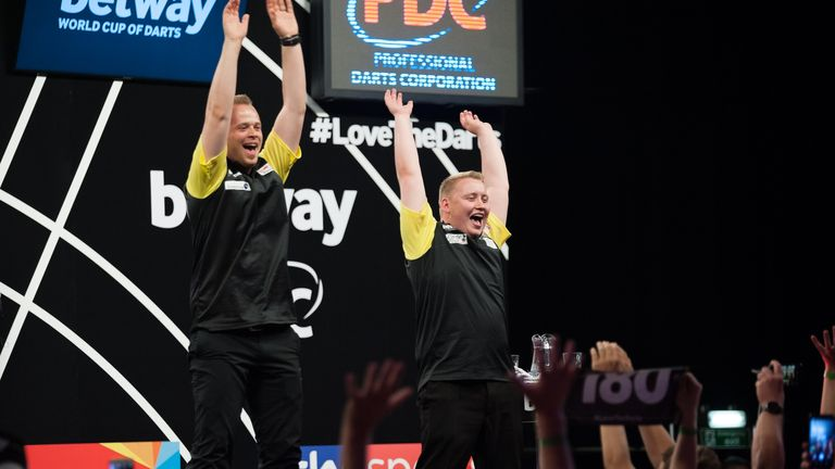 Wayne Mardle looks back on a memorable World Cup of Darts