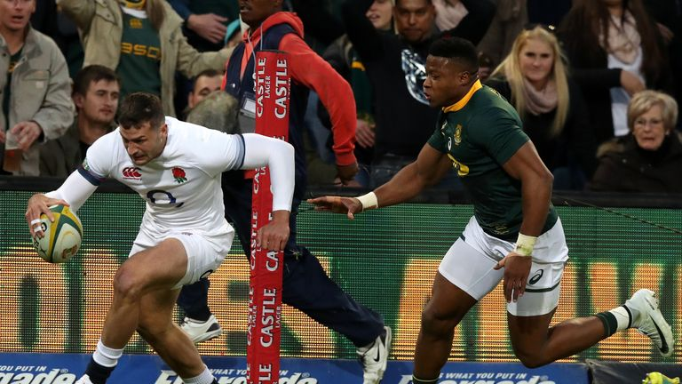 Jonny May romped over in the corner as England made a superb start again