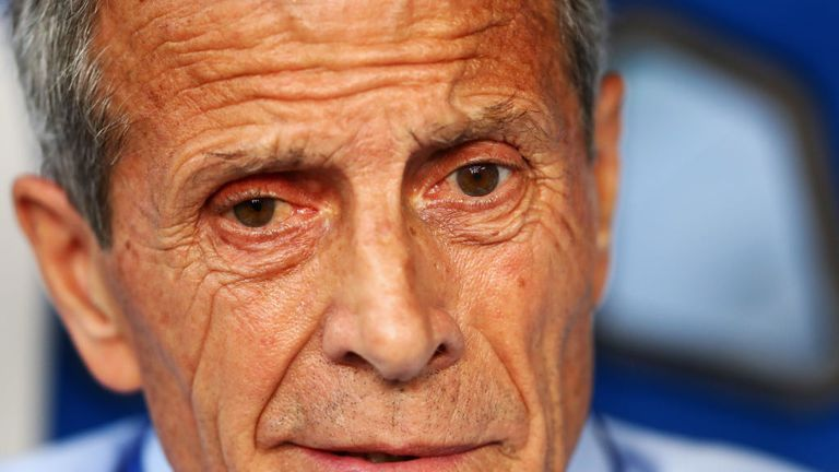 Oscar Tabarez rates Ronaldo as one of the best players in the world