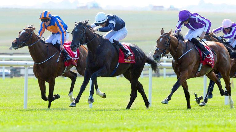 Latrobe (centre) lands the Irish Derby