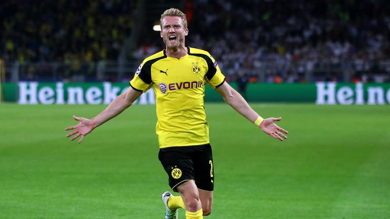 Andre Schurrle will undergo a medical with Fulham on Wednesday