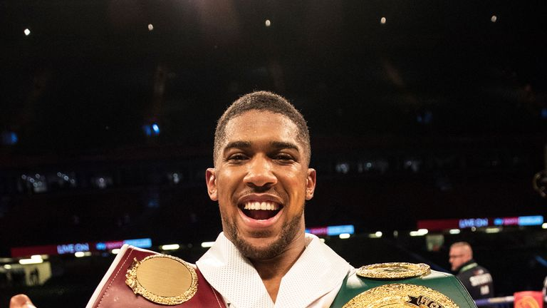 Anthony Joshua to sign a contract for a fight with Deontay Wilder