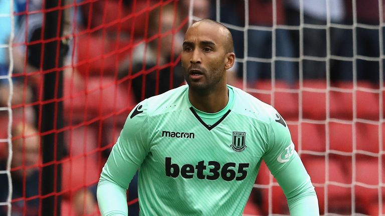The 37-year old son of father (?) and mother(?) Lee Grant in 2021 photo. Lee Grant earned a  million dollar salary - leaving the net worth at  million in 2021