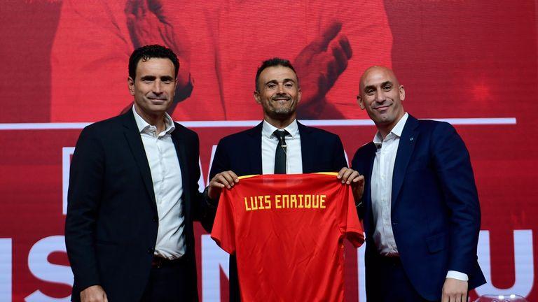 Luis Enrique could open the door for Mata's Spain career