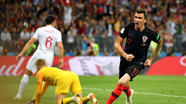 Mario Mandzukic gives Croatia the lead in extra-time