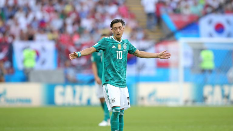 Mesut Ozil  criticised DFB chief Reinhard Grindel when he announced his international retirement
