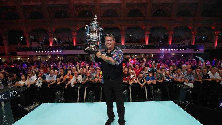 Anderson could cap off the greatest year of his career with a third triumph at the Alexandra Palace