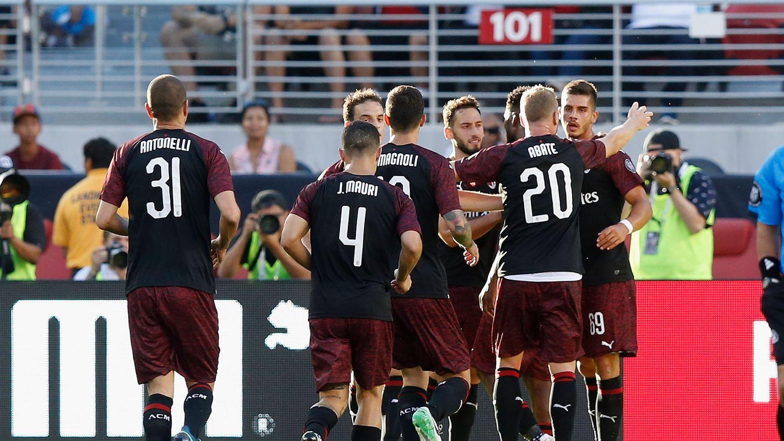 Ac Milan 1 0 Barcelona Match Report Highlights