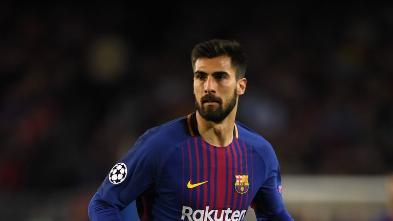 Andre Gomes during the UEFA Champions League Quarter Final Leg One between FC Barcelona and AS Roma at Camp Nou on April 4, 2018 in Barcelona, Spain