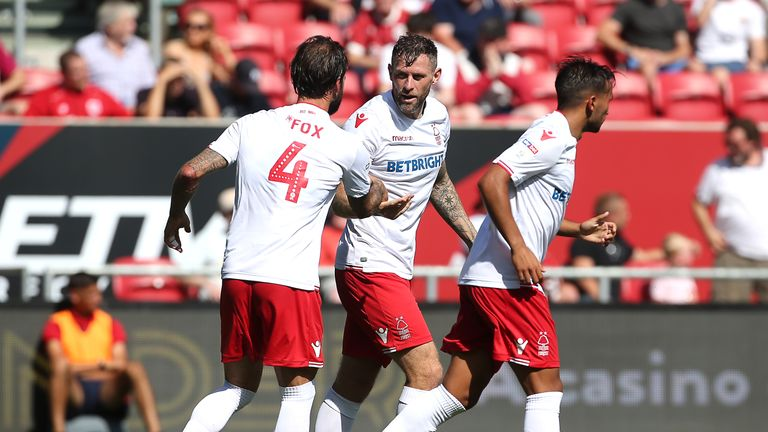 Daryl Murphy celebrates Nottingham Forest's equaliser against Bristol City