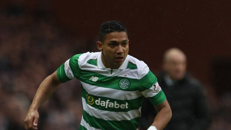 GLASGOW, SCOTLAND - DECEMBER 31:  Emilio Izaguirre of Celtic controls the ball during the Rangers v Celtic Ladbrokes Scottish Premiership match at Ibrox Stadium on December 31, 2016 in Glasgow, Scotland. (Photo by Ian MacNicol/Getty Images)