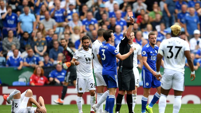 Jamie Vardy is sent off for Leicester
