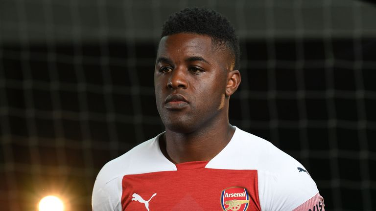 arsenal forward joel campbell arrives in italy for frosinone medical