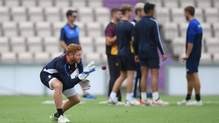 Bayliss says Jonny Bairstow is eager to remain as England's wicketkeeper
