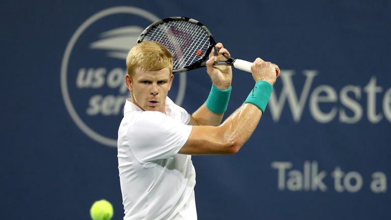 Kyle Edmund has sailed through to the second round at the Winston-Salem Open