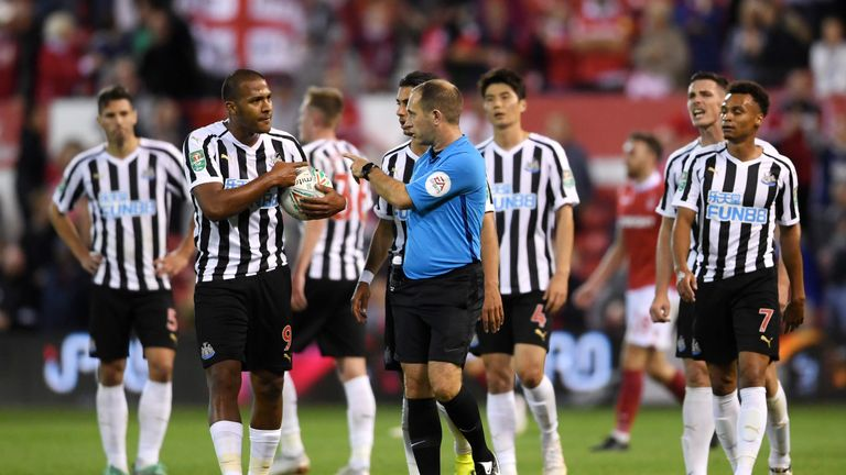 Salomon Rondon protested with the referee after Nottingham Forest scored their third goal moments
