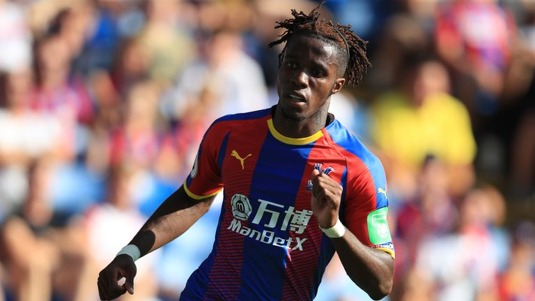 Wilfried Zaha has signed a new five-year contract with Crystal Palace