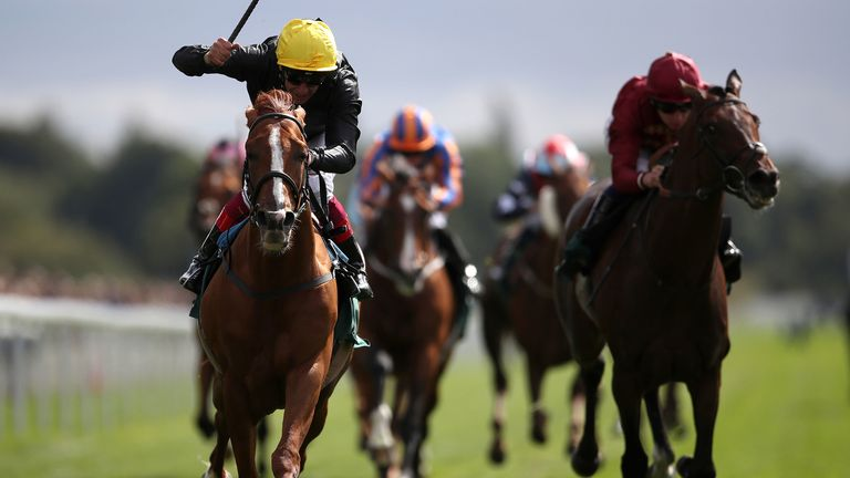 Stradivarius ridden by Frankie Dettori (left) wins the Weatherbys Hamilton Lonsdale Cup