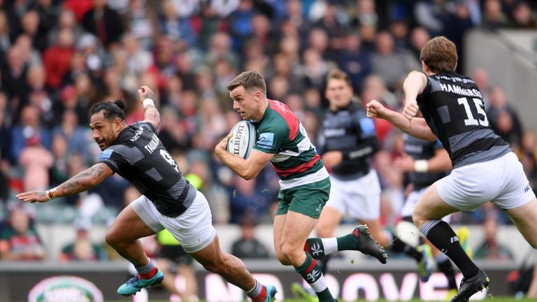 George Ford breaks away from Sonatane Takulua at Welford Road