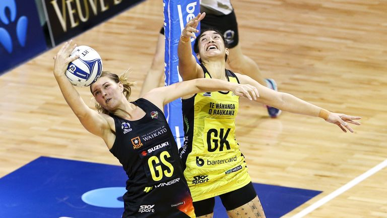 Lenize Potgeiter (GS) is one of the South African players to have made their mark in netball in Australia and New Zealand