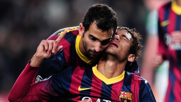 Montoya celebrates with Neymar during his time at Barcelona