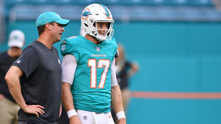 Dolphins Trade QB Ryan Tannehill to Titans for Draft Picks