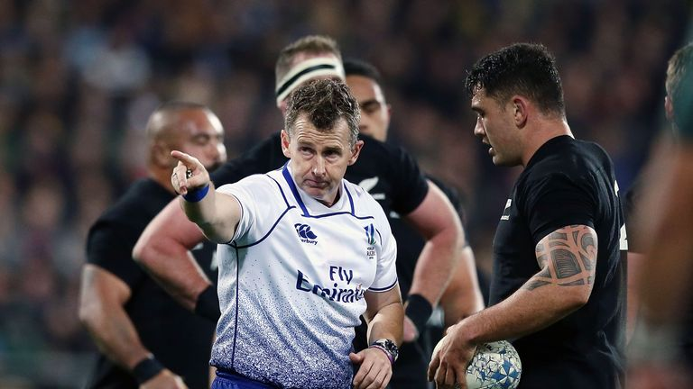 Did referee Nigel Owens miss an offside call late on?