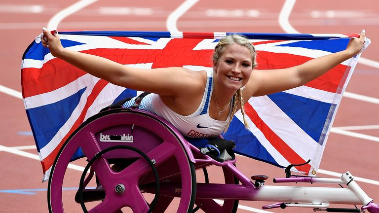 Samantha Kinghorn of Great Britain celebrates after winning gold in the Womens 100m T53 final during day ten of the IPC World ParaAthletics Championships 2017 at London Stadium on July 23, 2017 in London, England.