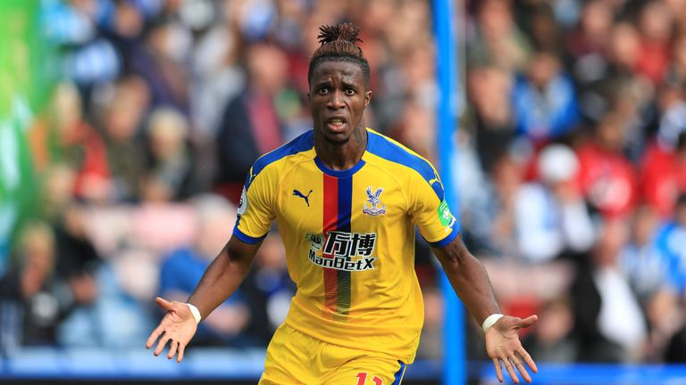Skysports-wilfried-zaha-crystal-palace-away-kit_4424332