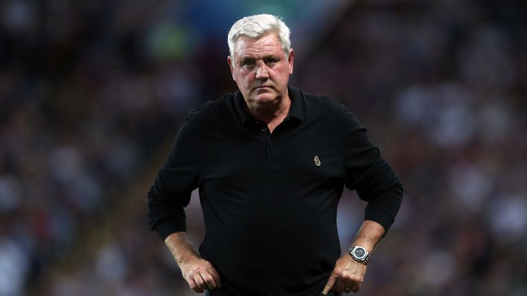 """Aston Villa manager Steve Bruce during the Sky Bet Championship match at Villa Park, Birmingham. PRESS ASSOCIATION Photo. Picture date: Wednesday August 22, 2018. See PA story SOCCER Villa. Photo credit should read: David Davies/PA Wire. RESTRICTIONS: EDITORIAL USE ONLY No use with unauthorised audio, video, data, fixture lists, club/league logos or """"live"""" services. Online in-match use limited to 120 images, no video emulation. No use in betting, games or single club/league/player publications."""