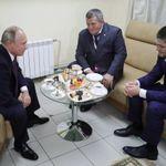 Vladimir Putin congratulates Khabib Nurmagomedov