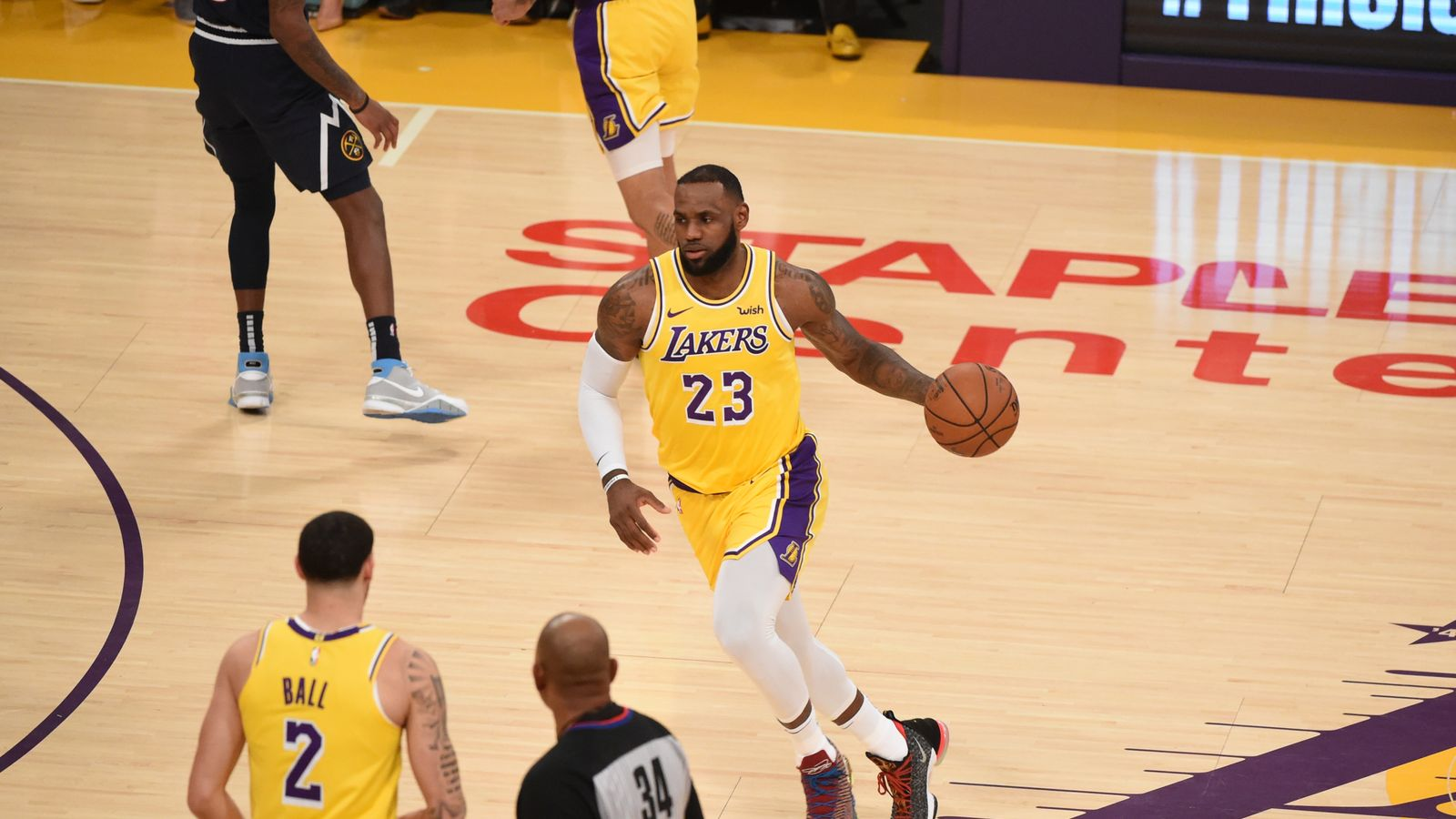 LeBron James posts triple-double as Los Angeles Lakers ...