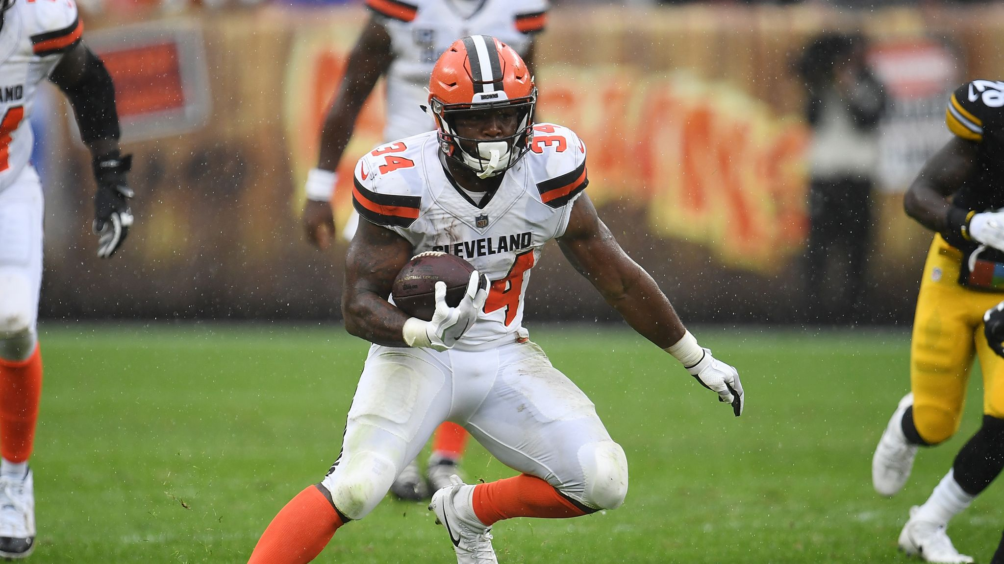 finest selection 15ea2 75cf2 Carlos Hyde joins Jacksonville Jaguars from Cleveland Browns ...