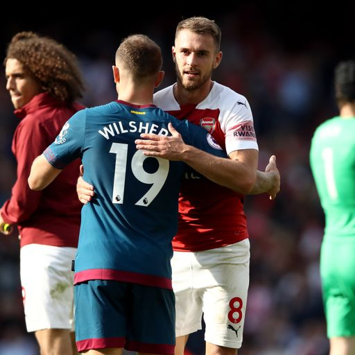 Wilshere urges Arsenal to keep Ramsey