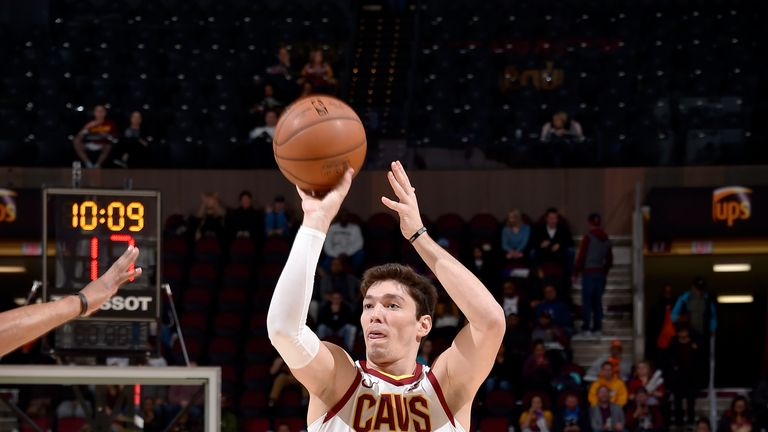 Cedi Osman shoots on his way to 20 points