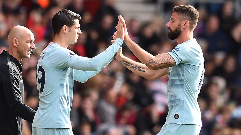 Olivier Giroud started ahead of Morata in last season's FA Cup final