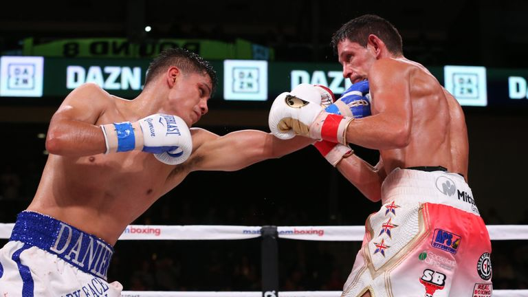 Daniel Roman stopped Gavin McDonnell in the 10th round in Chicago