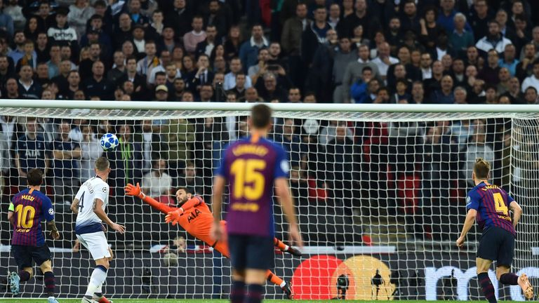 Ivan Rakitic scored a stunning second goal for Barcelona at Wembley