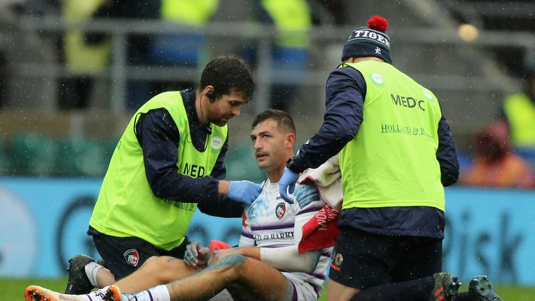 Jonny May picked up a serious-looking arm injury at Twickenham for Leicester