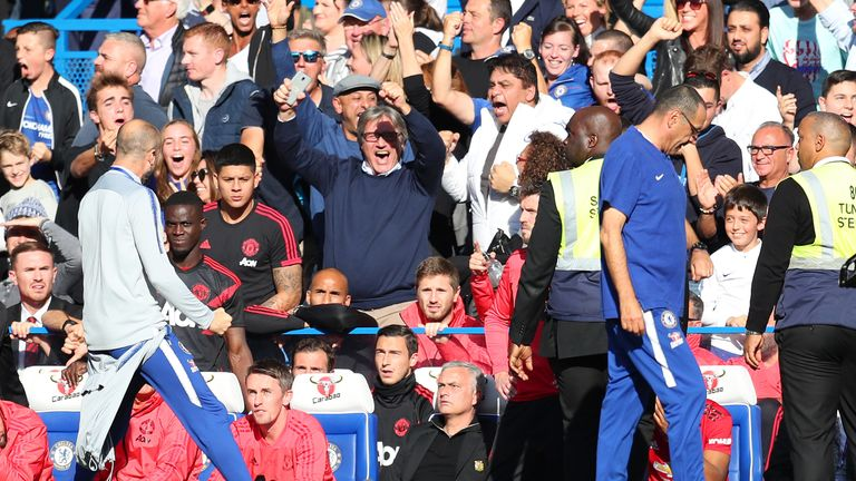Marco Ianni celebrates Chelsea's stoppage-time equaliser in front of Jose Mourinho