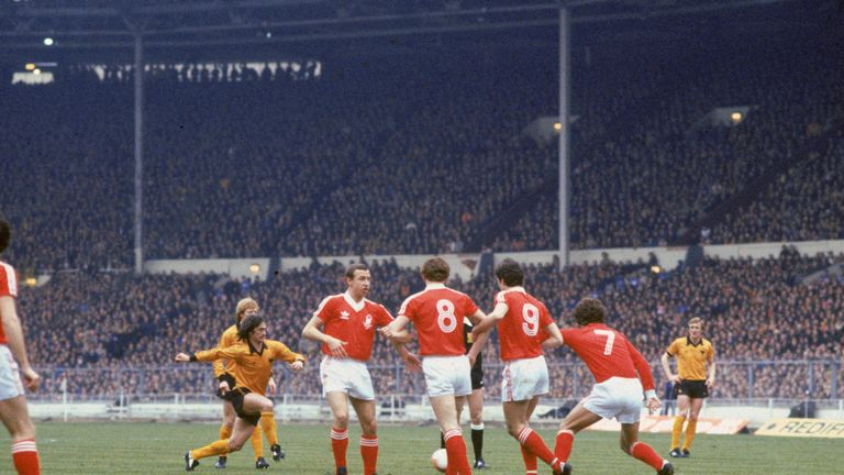 Hibbitt in action against Nottingham Forest in the 1980 League Cup final