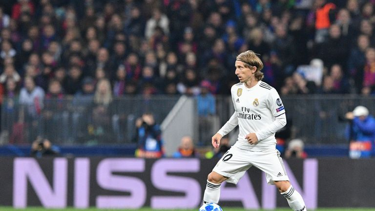 Luka Modric, named best player in the world by FIFA last week, could not pull Real level