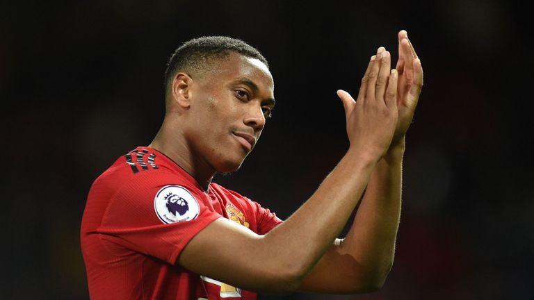 Martial chính thức bị trả về Man Utd