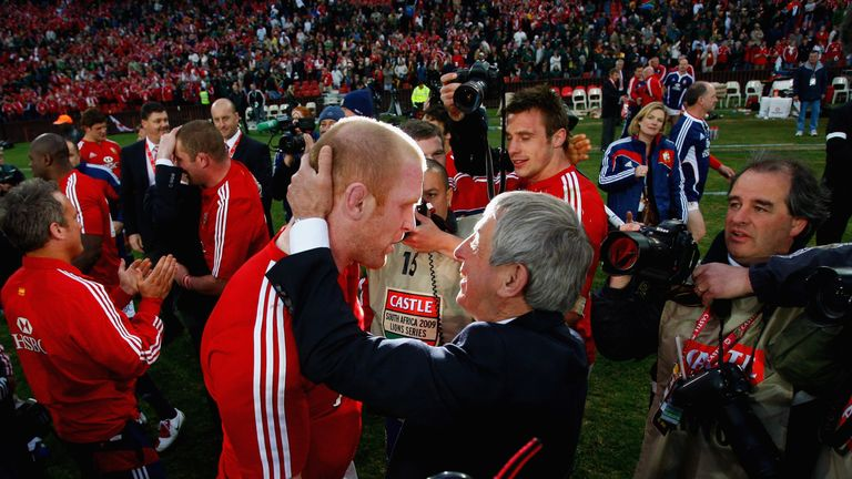 McGeechan hugs Paul O'Connell after the Lions beat the Springboks in 2009