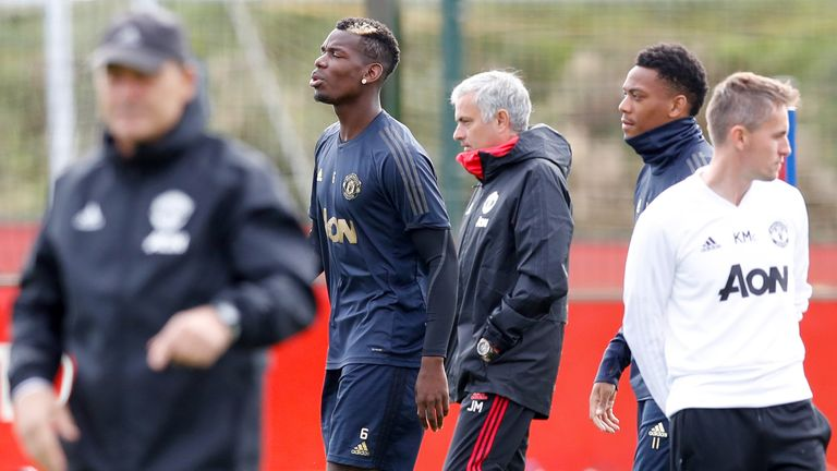 Paul Pogba wants Ole Gunnar Solskjaer to get Manchester United job full time