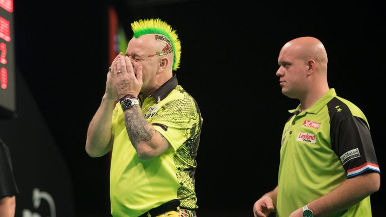 Wright was left to rue missed opportunities as he suffered a 5-2 defeat to MVG