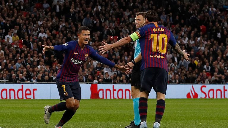 Philippe Coutinho celebrates scoring for Barcelona